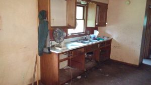 The kitchen before the remodel.